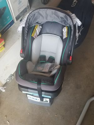 Photo Graco Click Connect infant car seat with base. (BRAND NEW)