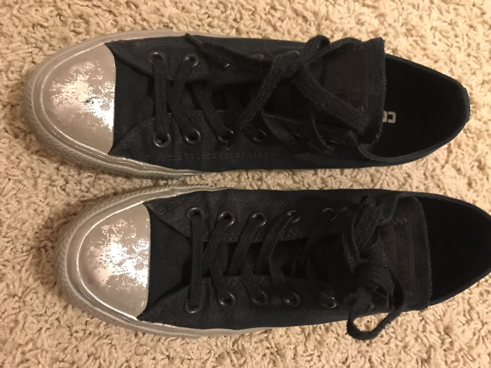 Black Converse with silver rubber