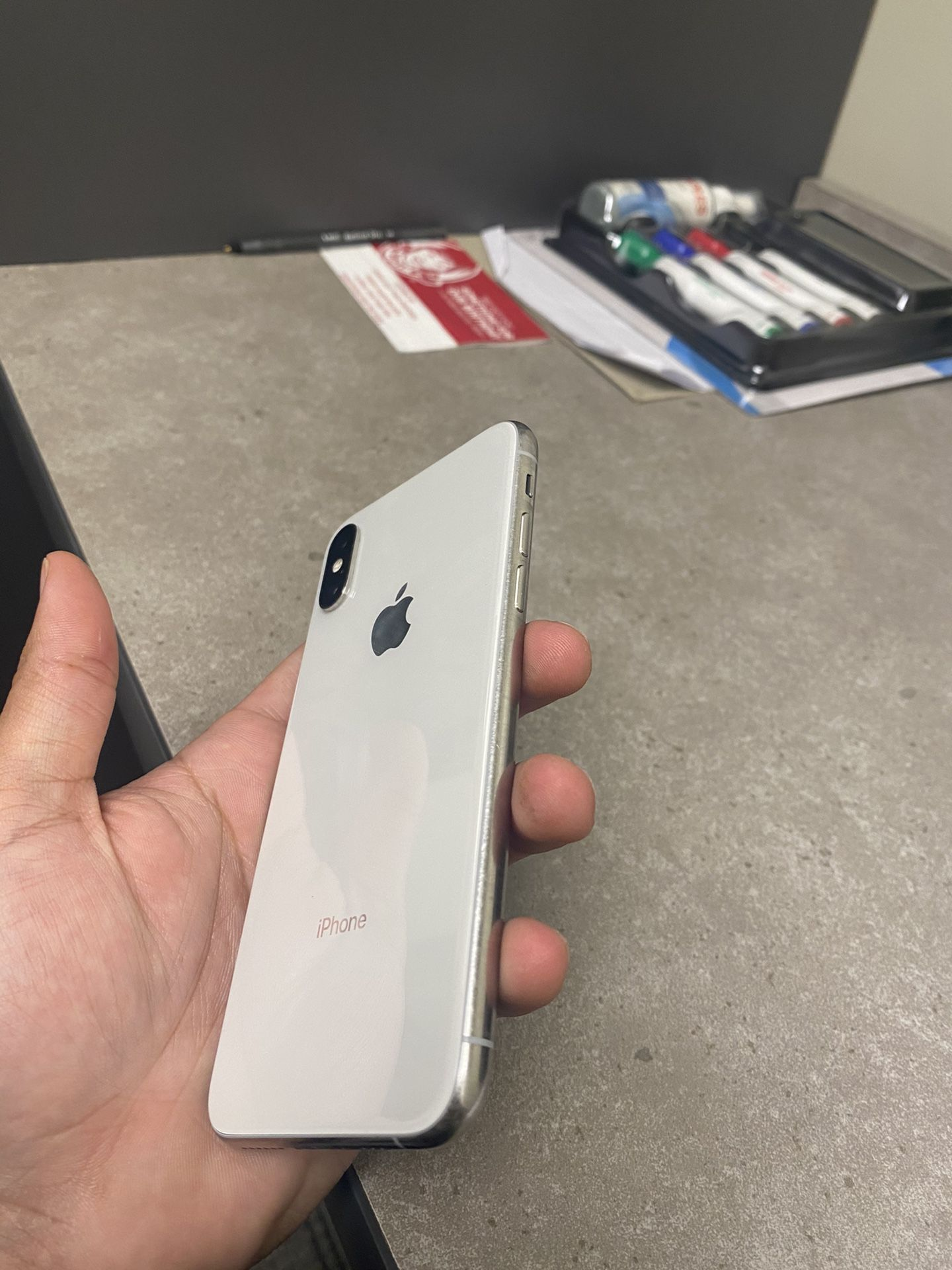 Mint condition iPhone XS 256gb