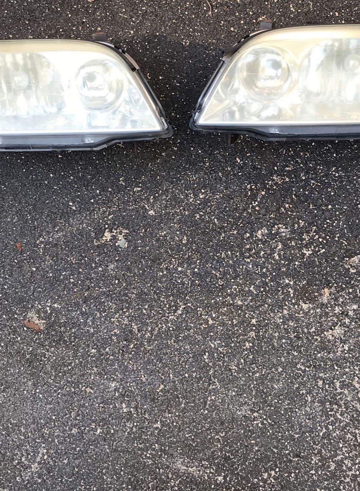 2003 Acura MDX Headlights