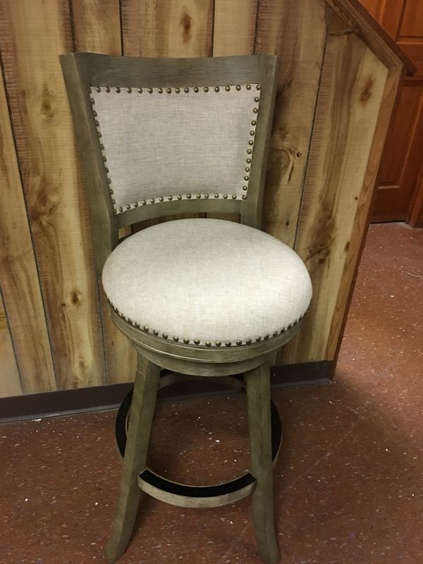 Tan 30 Swivel Bar Stool With Back For Sale In Wellsville Pa Offerup