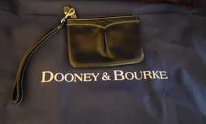 Dooney and Bourke small wristlet for Sale in Orlando, FL