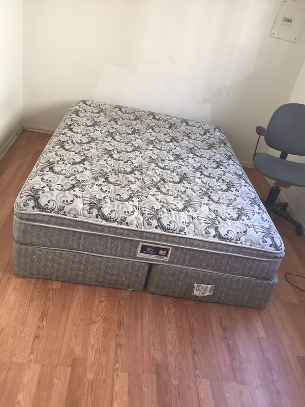 968e4b120a8 Queen bed great deal! (Furniture) in Long Beach