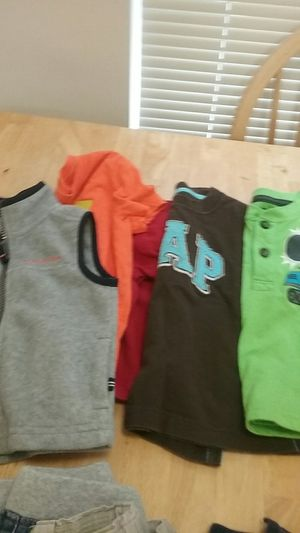 Clothes for toddlers boys size 24 months and size 2T, everything for $9 for Sale in Alexandria, VA
