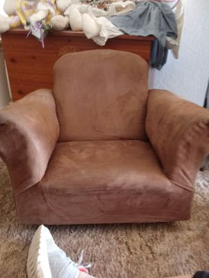 Fine New And Used Kids Chair For Sale In Lubbock Tx Offerup Squirreltailoven Fun Painted Chair Ideas Images Squirreltailovenorg