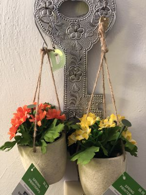 Spring flowers hangings for Sale in Lynchburg, VA