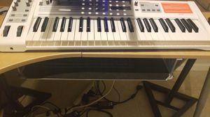 M audio venom synth for Sale in Alexandria, VA