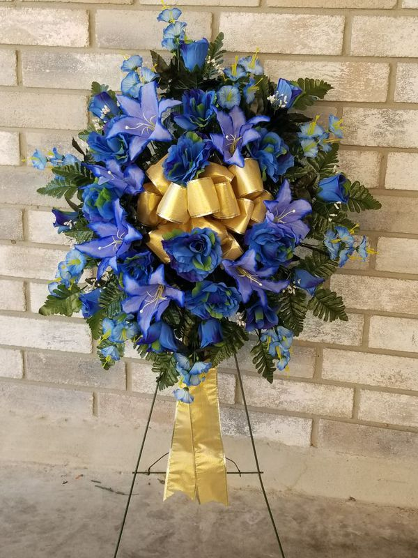 Floral arrangements in artificial silk flowers for funeral or floral arrangements in artificial silk flowers for funeral or cemetery for sale in san antonio tx offerup mightylinksfo