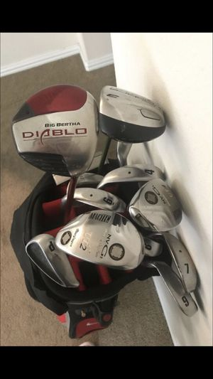 Quality clubs and irons with Nike golf bag for Sale in Houston, TX