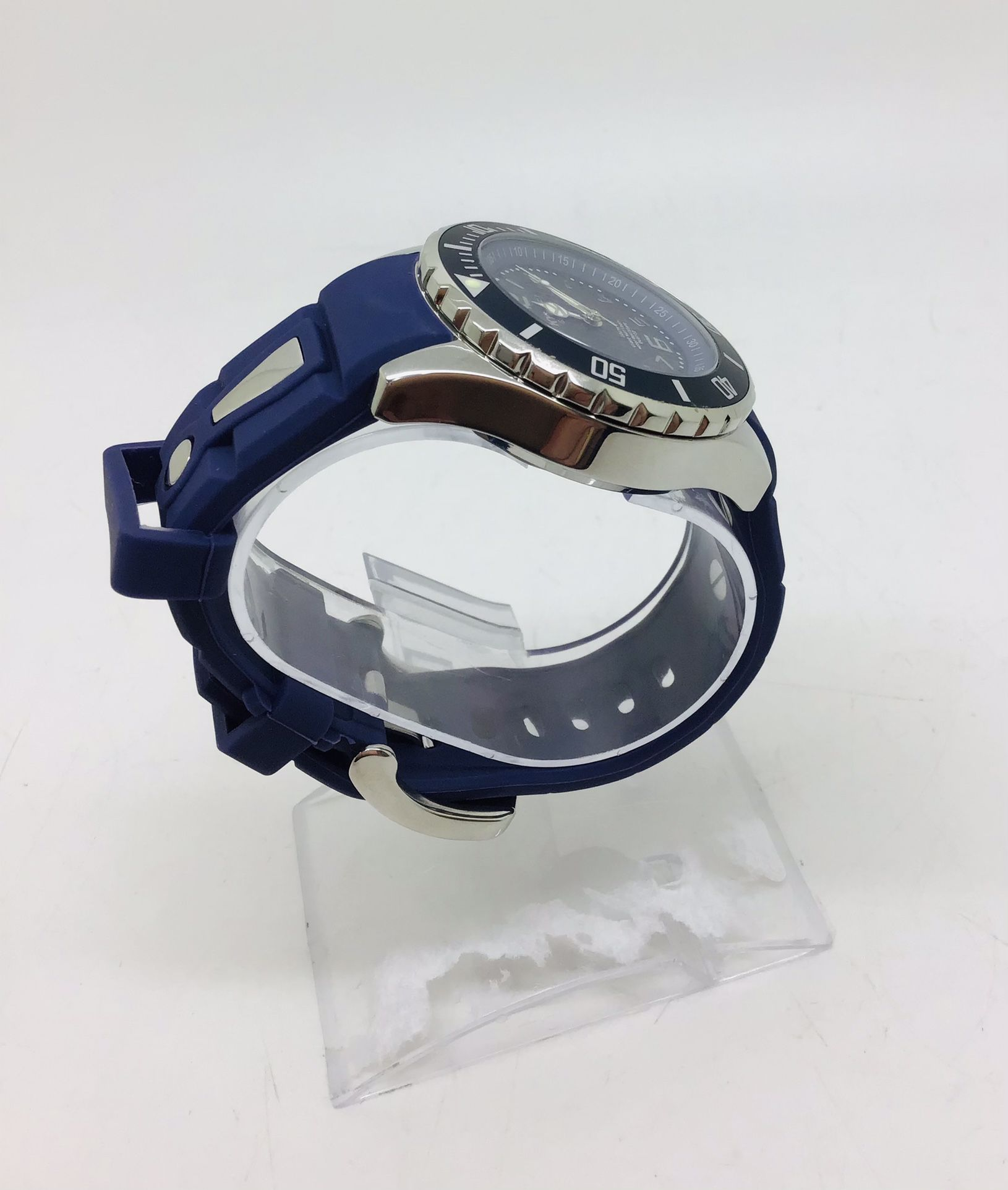 BRAND NEW  KYBOE GIANT WATCH  KY 40-037.15  BLUE SILICON BAND UNISEX SIZE