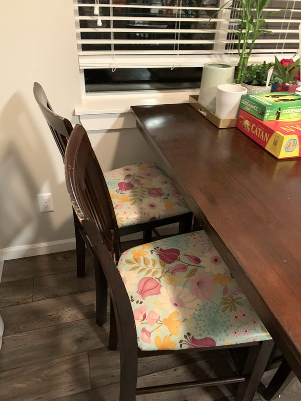Dining Room Table With 4 Chairs For Sale In Vancouver Wa