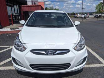 2013 Hyundai Accent Thumbnail