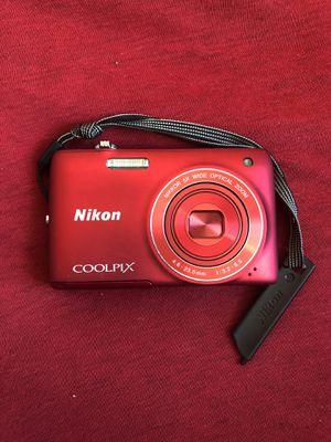 Nikon CoolPix for Sale in Orlando, FL