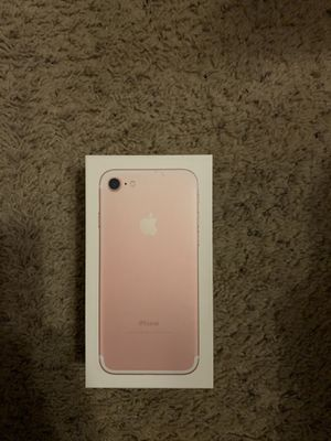 iPhone 7 In mint shape $350 for Sale in Dundalk, MD