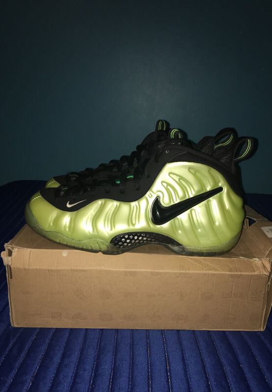 096361e19845a RARE  Nike Foamposite Electric Green size 8.5 for Sale in New York ...