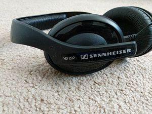 Sennheiser HD202 for Sale in Ashburn, VA