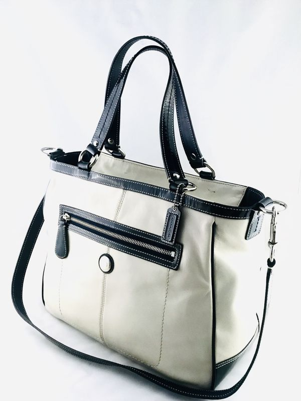 c90084ba9c9 Coach Laura Off White Leather Tote Handbag Navy Trim C1029 F14887 ...
