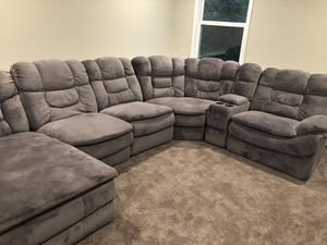 New and Used Grey sectional for Sale in Cincinnati, OH - OfferUp