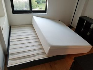 Queen size memory foam mattress with the box spring for Sale in Alexandria, VA