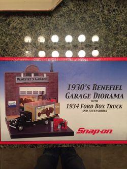 SNAP ON 1930 Benefiel Garage Diorama Thumbnail