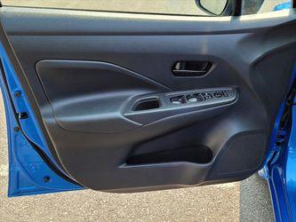 2020 Nissan Versa Thumbnail