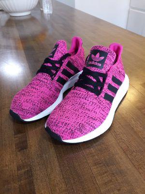 Photo Adidas Swift Run Girls Shoes Size 3 1/2