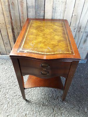 Side table for Sale in Philadelphia, PA