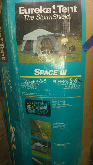 5-6 Person Storm Shield Camping Tent Full Set for Sale in Fairfax, VA