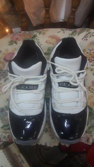 Air Jordans no risers size 5 for Sale in Warren, MI
