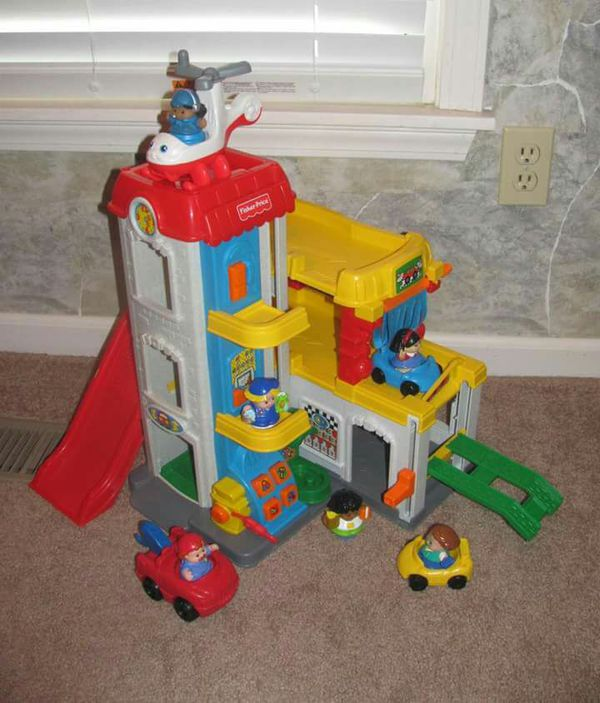 Parking Garage Prices: Fisher-Price Little People Sounds Multi-Station Car Wash