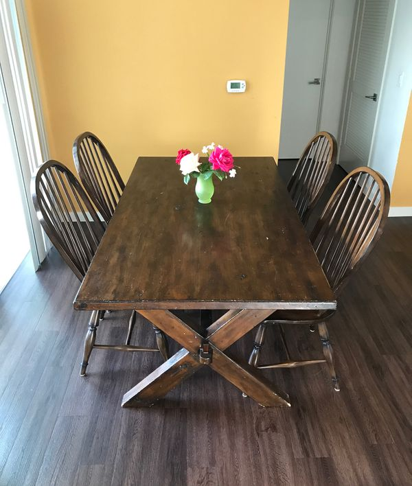 Pottery Barn Table With Four 4 Chairs For Sale In San