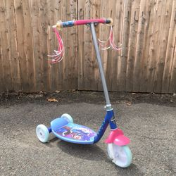 Huffy 3 wheeled scooter Thumbnail