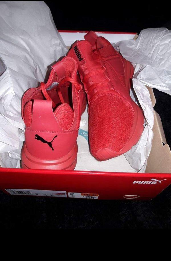 157f8a3039b3 Puma sneakers worn twice. Still in original box. Great back to school  sneaker.