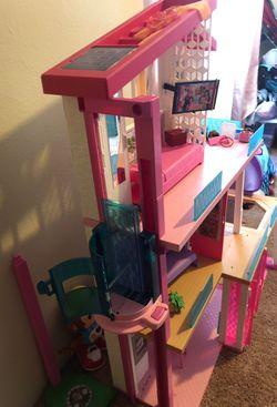 Barbie dream house Thumbnail