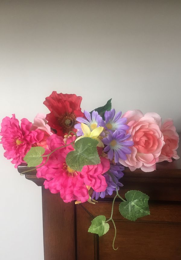Artificial flower bouquet for Sale in Lockport, IL - OfferUp