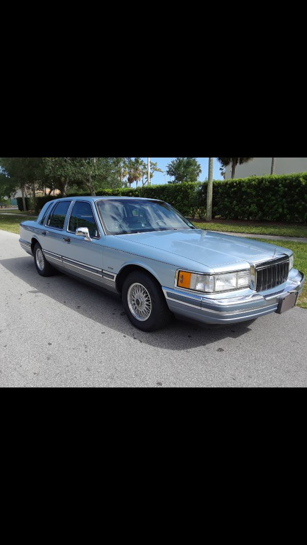 Beautiful 1990 Lincoln Town Car Cartier Edition Real 1 Owner For