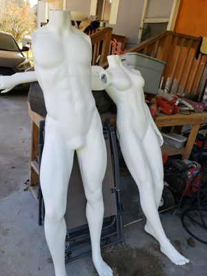 Photo Male and female mannequin