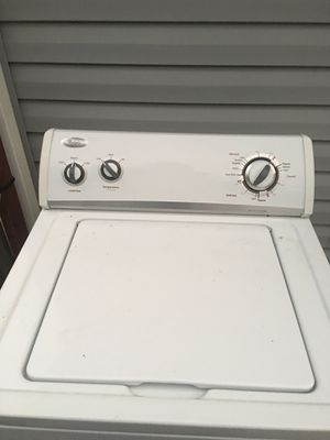 Whirlpool Washer . Good condition for Sale in Arlington, VA