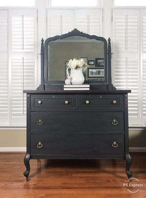 Vintage Dresser with Mirror for Sale in Centreville, VA