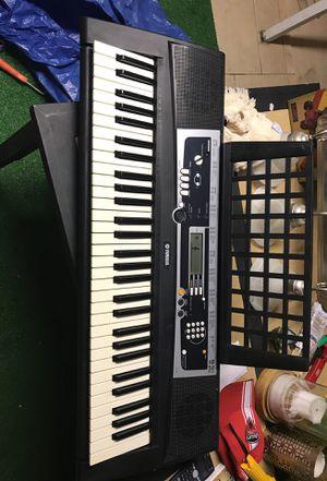 Yamaha Keyboard for Sale in Hialeah, FL