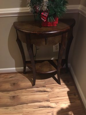 Console table $40 for Sale in Fairfax, VA