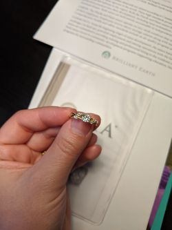 Brilliant Earth Willow Engagement Ring Size 4.25 Thumbnail