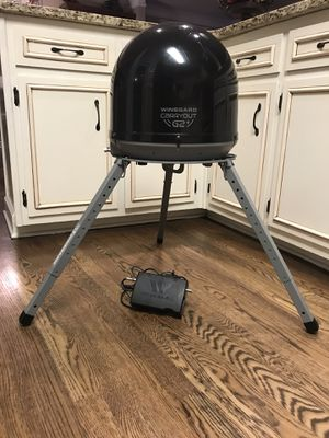 G2 Satellite for campers with stand and power box for Sale in Grayson, GA