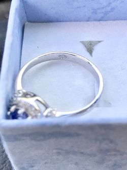 Sterling Silver FLAWLESS .25 TCW Alexandrite and .25 TCW White Sapphire Ring! Sz 6! $65 OBO Thumbnail