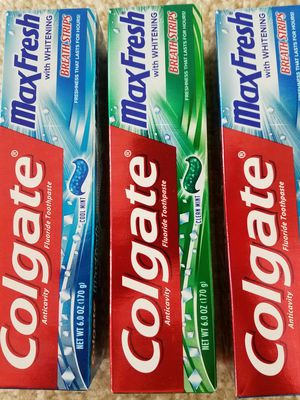 Colgate toothpaste 6oz $2 each- not negotiable for Sale in Rockville, MD