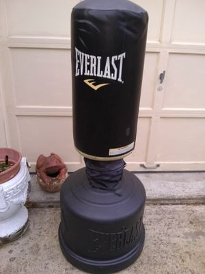 Punching bag for Sale in Fort Belvoir, VA