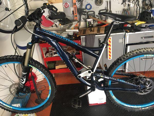 27 5 diamondback mission mountain bike full suspension for Sale in Mesa, AZ  - OfferUp