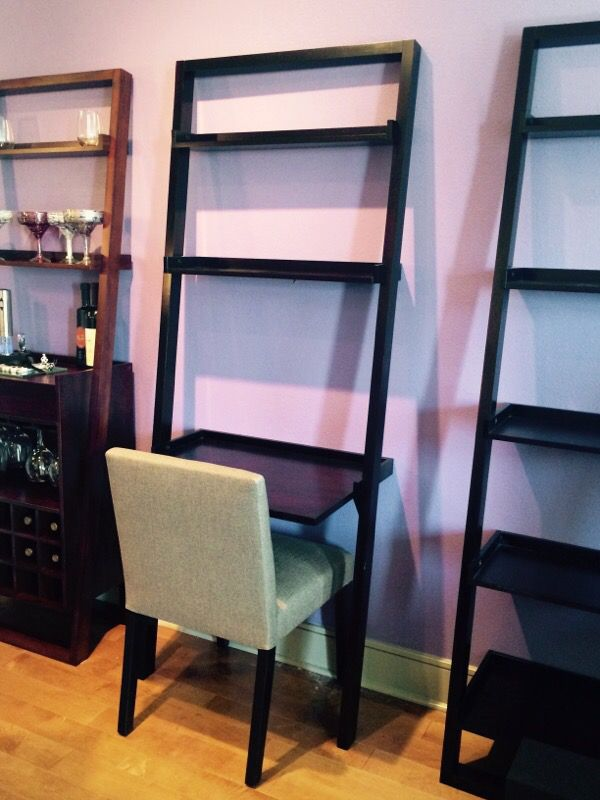 Crate Barrel Sloan Leaning Desk And Chair For In Anaheim Ca Offerup