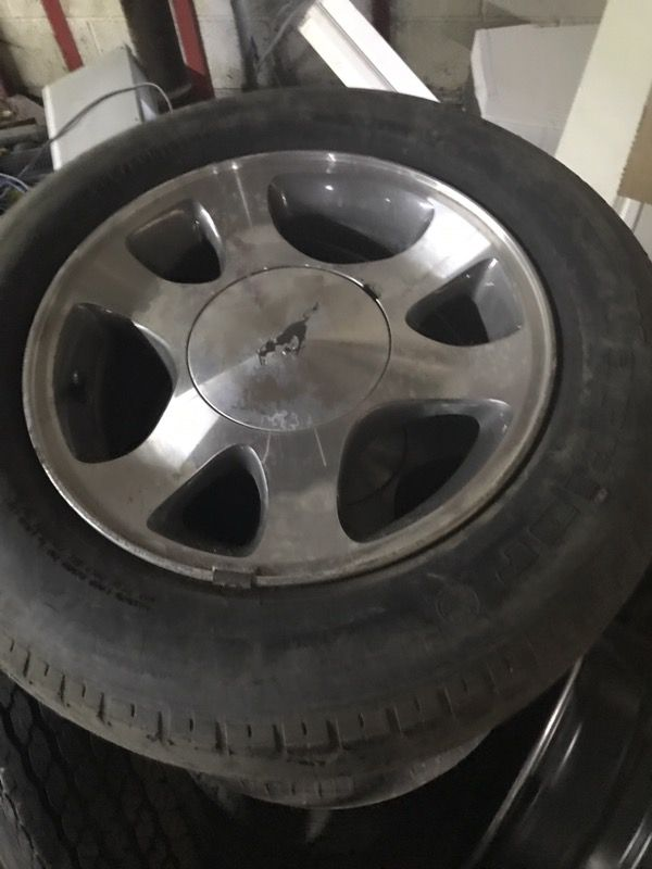2001 Ford Mustang Rims And Tires