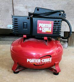 Porter-Cable CF 2600 Portable 6 Gallon Compressor Thumbnail